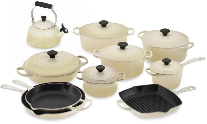 Le Creuset Signature 15-Piece Cookware Set with Tea Kettle