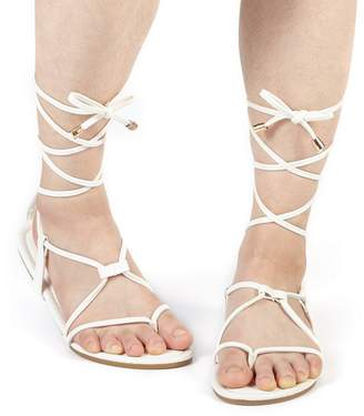 at Amazon Canada · DREAM PAIRS Women's Sammy_02 White Fashion Gladiator Design Ankle Strap Flat Sandals