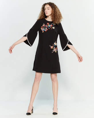 Yumi Embroidered Bell Sleeve Shift Dress