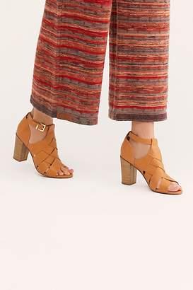 BC Footwear Vegan Pathway Heel