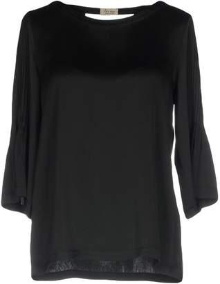 Her Shirt Blouses - Item 38713265