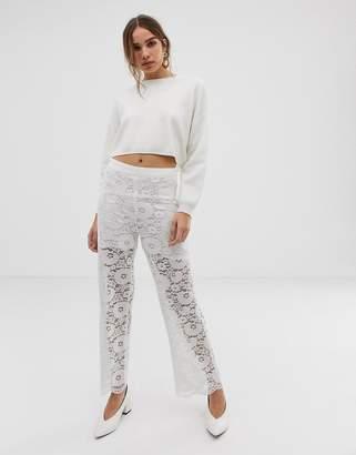 Minimum Moves By lace pants