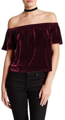 Dee Elly Off-the-Shoulder Short Sleeve Shirt