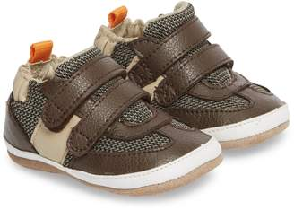 Robeez R) Active Alex Crib Sneaker