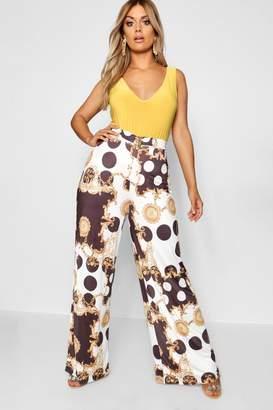 boohoo Plus Wide Leg Chain Print Trouser