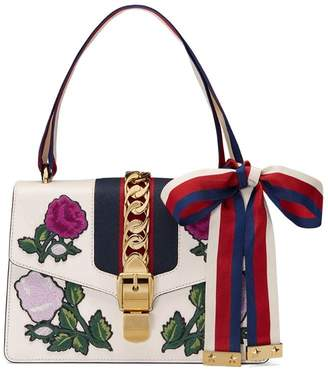 Gucci White Embroidered Sylvie Small shoulder bag