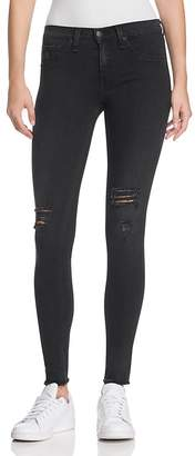 rag & bone/JEAN Legging Jeans in Night with Holes $225 thestylecure.com
