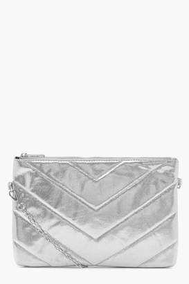 boohoo Mia Metallic Chevron Clutch With Chain