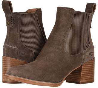 UGG Faye Boot Women's Pull-on Boots