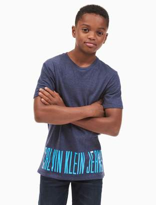 Calvin Klein boys logo hem t-shirt