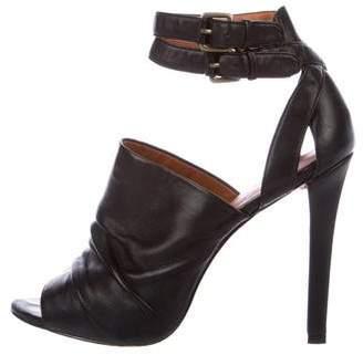 Elizabeth and James Leather Glove Sandals