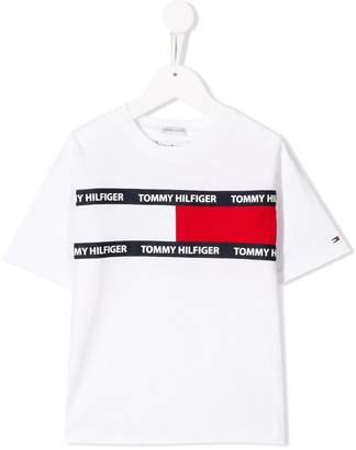 Tommy Hilfiger (トミー ヒルフィガー) - Tommy Hilfiger Junior フラッグプリント Tシャツ