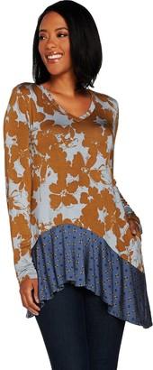 Logo By Lori Goldstein LOGO by Lori Goldstein Contrast Print Knit Top w/ Hi-Low Hemline
