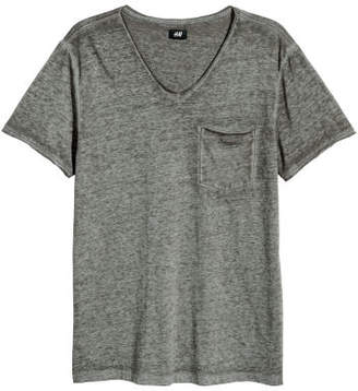 H&M T-shirt with Raw Edges - Green