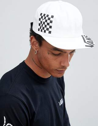 Vans checkerboard snapback in white VN0A3HN7WHT1