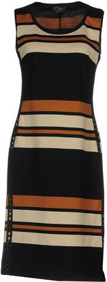 Clips Knee-length dresses - Item 34807145