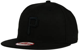 New Era Pittsburgh Pirates Black on Black 9FIFTY Snapback Cap