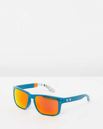 Oakley Performance Lifestyle OO9102