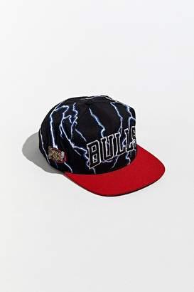 Mitchell & Ness Chicago Bulls Lightning Snapback Hat