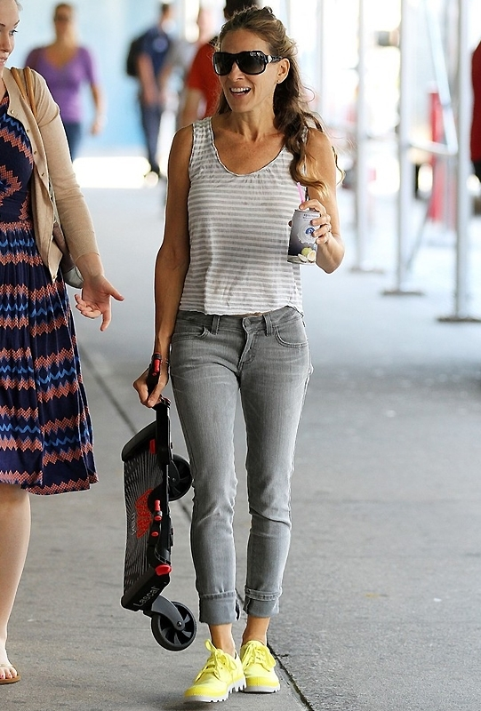 Sarah Jessica Parker Siwy Hannah Slim Crop in Tainted Love as Seen On