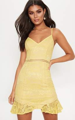 PrettyLittleThing White Lace Frill Hem Plunge Bodycon Dress