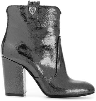 Strategia metallic boots