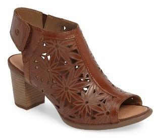 Women's Josef Seibel Bonnie 27 Sandal $159.95 thestylecure.com