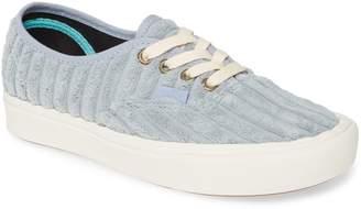 Vans UA ComfyCush Authentic Corduroy Sneaker