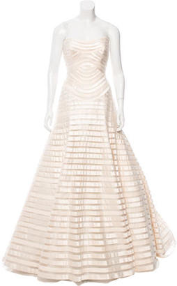 Vera Wang Strapless Wedding Gown $4,595 thestylecure.com