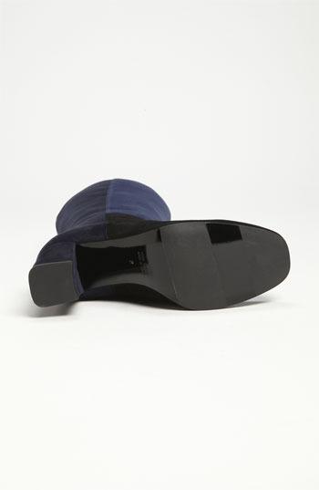 Aquatalia by Marvin K 'Quiz' Boot