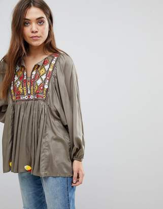 Glamorous Smock Blouse With Embroidery