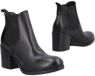 JFK Ankle boots - Item 11482994QE