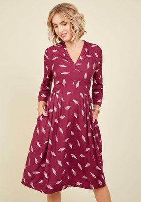 Deco Prosecco Midi Dress in XXS $35.99 thestylecure.com