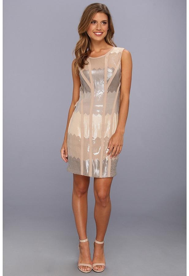 Jessica Simpson Sleeveless Open Back Drape Dress w/ Raw Piping Trim (Taupe) - Apparel