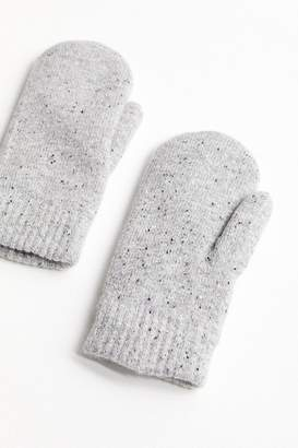 Urban Outfitters Chenille-Lined Mitten