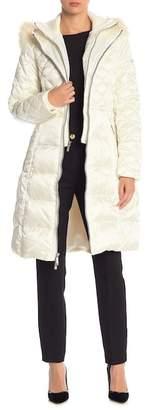 BCBGMAXAZRIA Diamond Quilted Faux Fur Trim Hood Coat