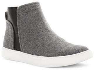 Kenneth Cole New York Ken Slip-On Sneaker