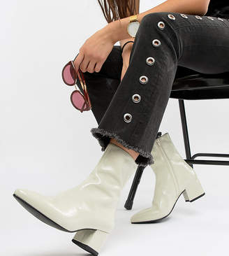7edeb602693f Vagabond Mya patent leather off white heeled ankle boot