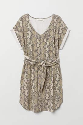 H&M Jersey Dress with Tie Belt - Beige
