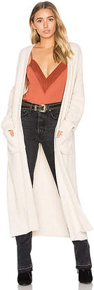 House of Harlow 1960 x REVOLVE Nico Duster in Cream $198 thestylecure.com