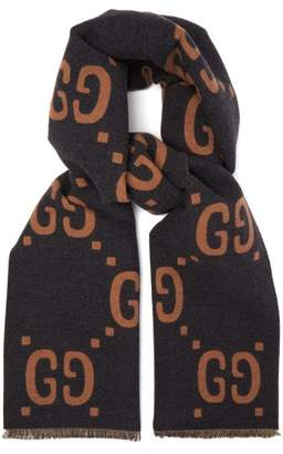 Gucci Gg Jacquard Wool Blend Scarf - Mens - Grey