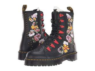 Dr. Martens Nyberg Core Bex