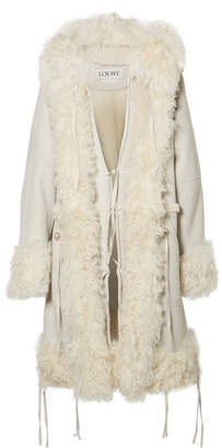 Loewe Oversized Hooded Shearling Coat - Off-white