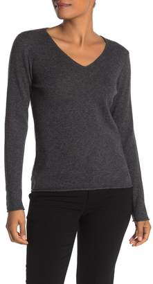 Magaschoni M BY Long Sleeve V-neck Cashmere Pullover