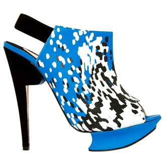 Nicholas Kirkwood Blue Leather High Heel