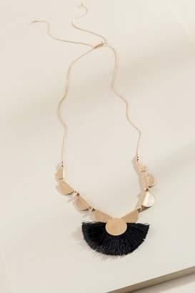 francesca's Miah Tassel Fan Necklace - Black