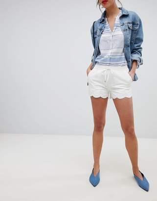 Esprit Broderie Detail Shorts