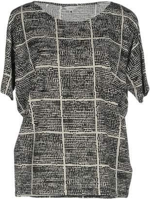Elvine T-shirts - Item 12108201GL