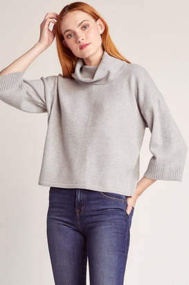 BB Dakota Cute Commute Sweater