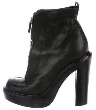 Givenchy Leather Round-Toe Ankle Boots Black Leather Round-Toe Ankle Boots